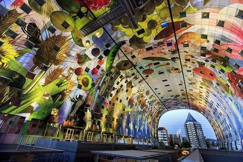 Khu mua sắm màu sắc khổng lồ ở Hà Lan