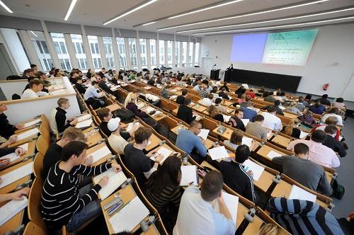 Wirtschaftswissenschaften †bungsklausur Vorlesung