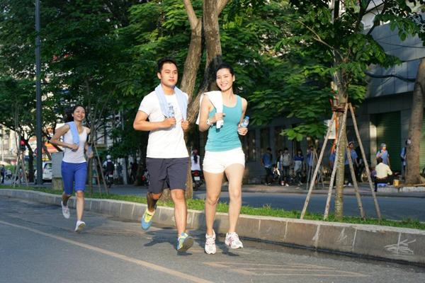 Tập thể dục rèn luyện sức khỏe góp phần vượt qua áp lực cuộc sống