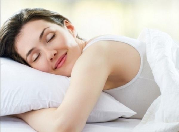 Ngủ ít nhất 7 giờ mỗi đêm