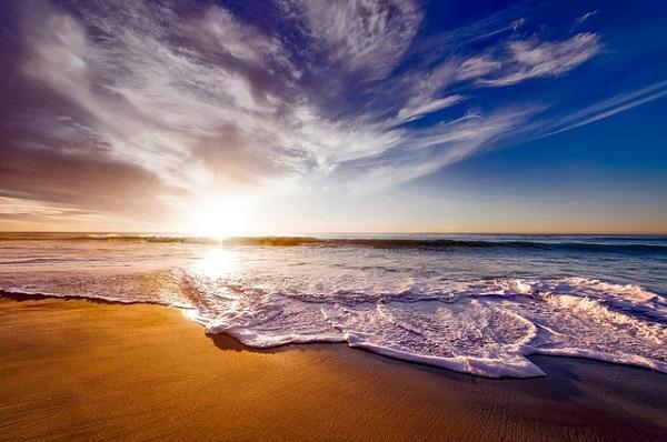 Ngắm bình minh trên biển Phú Quốc