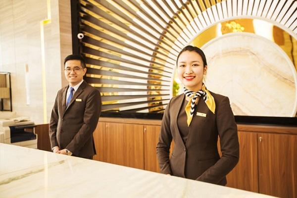 Tầm quan trọng của áo đồng phục nhà hàng - khách sạn