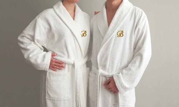 Hiện nay, áo choàng khách sạn được thiết kế với nhiều mẫu mã đẹp